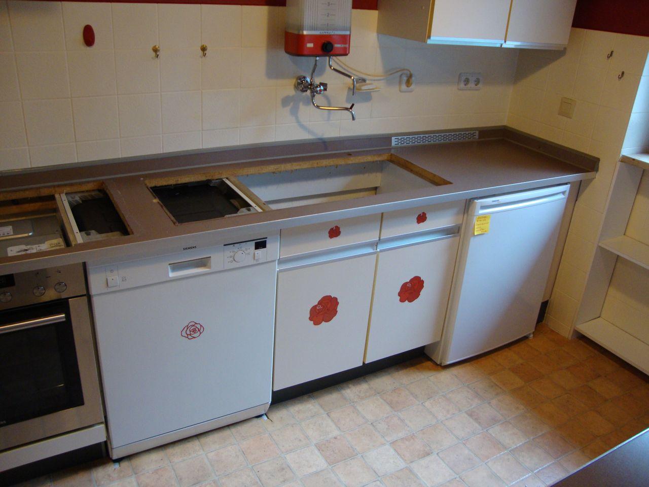 renovierung von k chen berarbeitung von k chenfronten und arbeitsplatte tischlerei hamburg. Black Bedroom Furniture Sets. Home Design Ideas