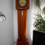 Die Uhr steht nun wieder bei Ihrem Besitzer.