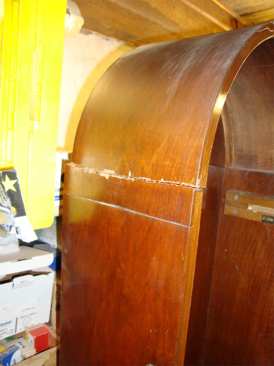 m bel reparatur in hamburg standuhr mit schwerem unfallschaden repariert tischlerei hamburg. Black Bedroom Furniture Sets. Home Design Ideas