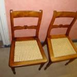 Nach dem Aufarbeiten sind die Stühle wieder wie neu