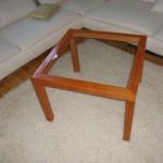 Das fertige Tischchen: Nach Farbvorlage gebeizt
