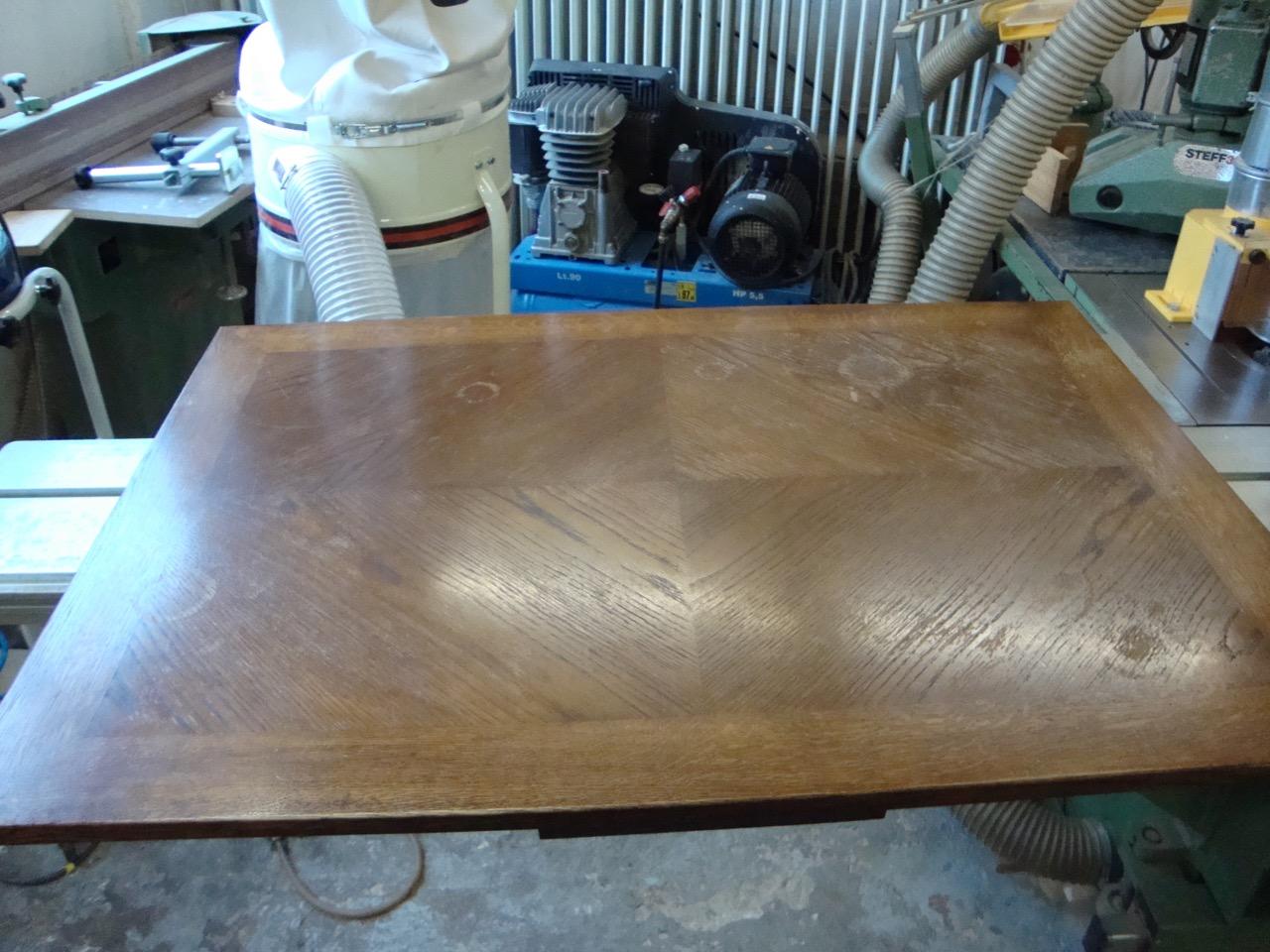 aufarbeitung einer furnierten tischplatte tischlerei hamburg tischlerei holzwerkstatt helmeke. Black Bedroom Furniture Sets. Home Design Ideas