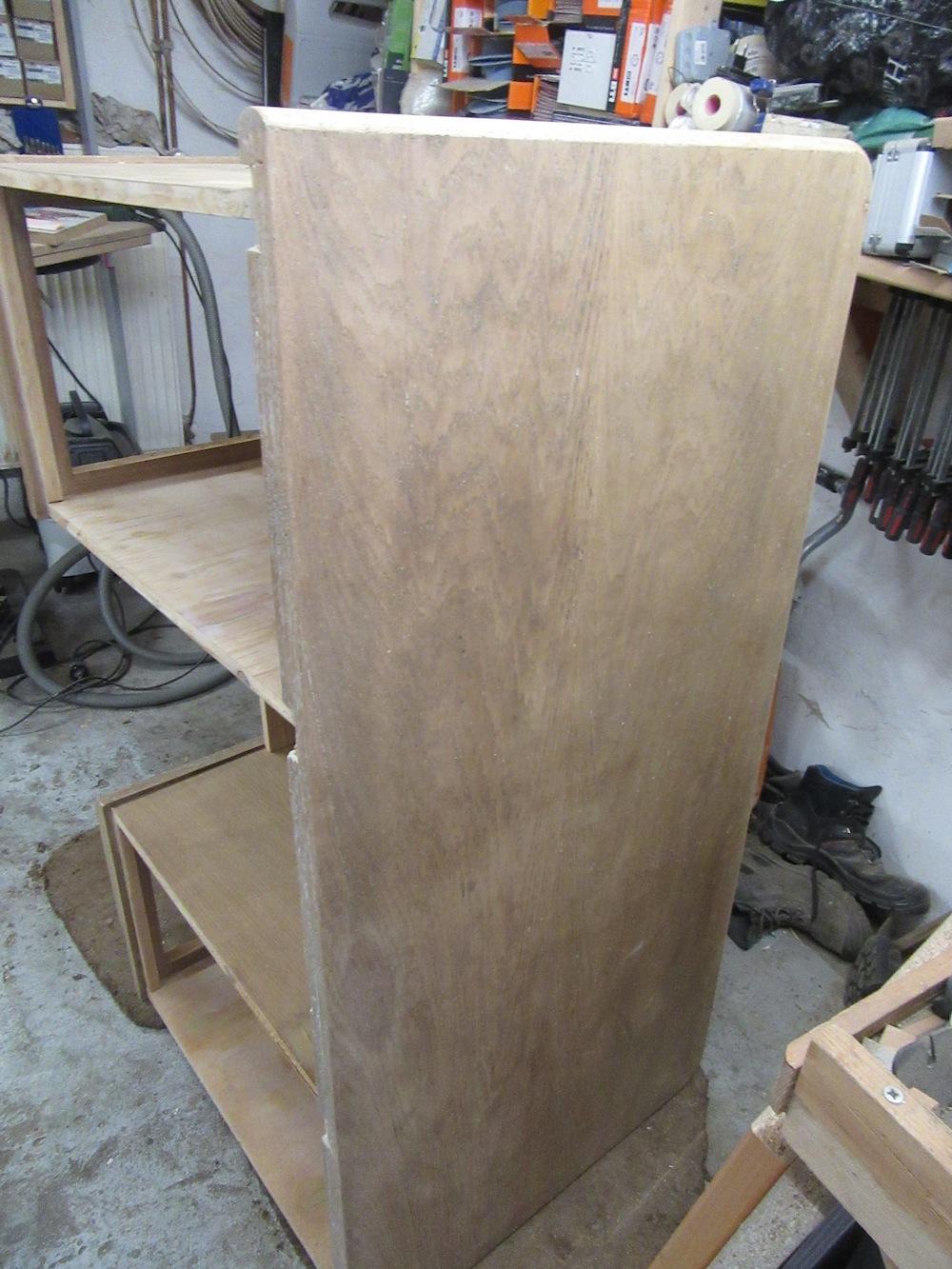 Tischler Holzwerkstatt Schleifen Schreibtisch Lack