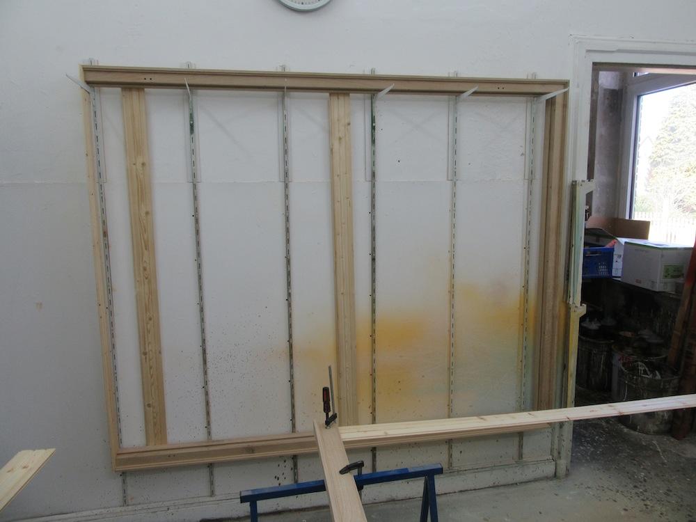 Abschließend alles lackiert in der Holzwerkstatt und Tischlerei