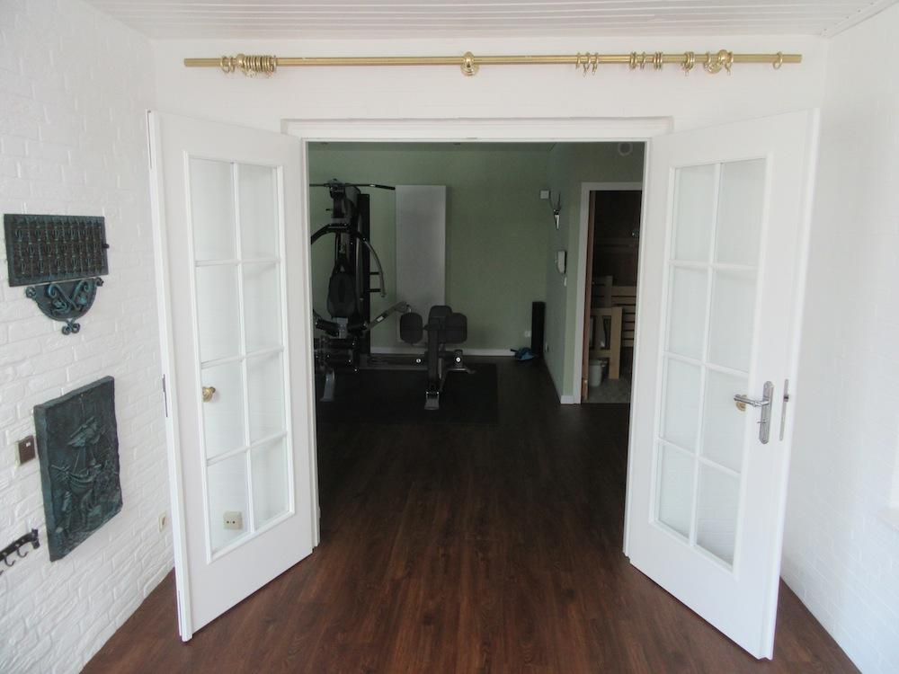 Zwischentür mit 2 Flügeln gefertigt vom Tischler Helmeke