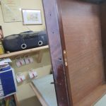 Restaurierung alter englischer Schreibtisch in Tischlerei in Harburg