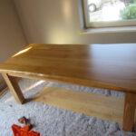 Massiver, stabiler Tisch mit Baumkante; Neuanfertigung durch Tischler in Tischlerei im LK Harburg