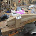 Massives Holz für stabile Sitzmöbel