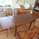 Tisch, ausgezogen, nach Restaurierung vom Tischler Helmeke