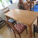 Tisch in Tischlerei gefertigt