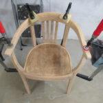 Verleimter Stuhl in der Holzwerkstatt Helmeke